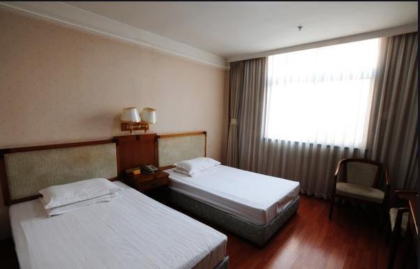 哈尔滨倒闭酒店设备回收、酒店物资回收,酒店家具电器回收